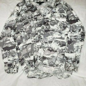 Rock and Republic Long Sleeve Top Camo Button Up L